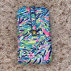 Cutest lily pulitzer phone / ID holder.
